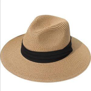 Accessories - Women's straw roll up hat fedora beach sun hat